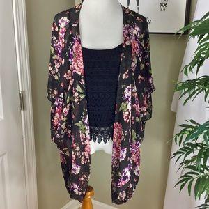 Tops - Floral Lace Trim Women's Kimono Mason & Mackenzie